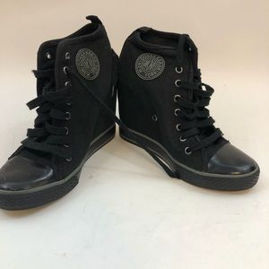 DKNY High Top Wedge Black Lace Up Sneakers 8.5